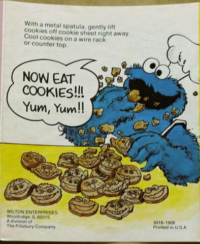 File:Cookie stamper 4.jpg