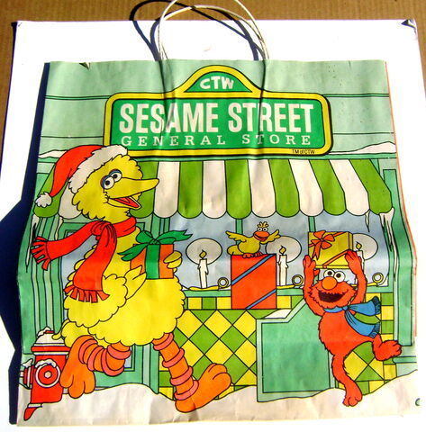 File:Sesame street general store christmas shopping bag gg.jpg
