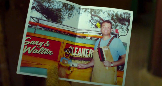 File:Gary & Walter Cleaners.jpg
