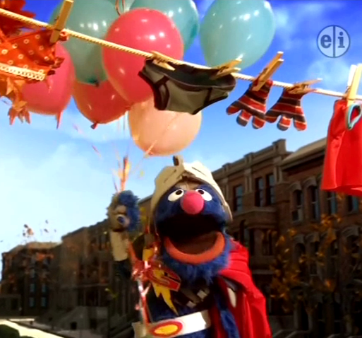 File:Balloons-Grover.png