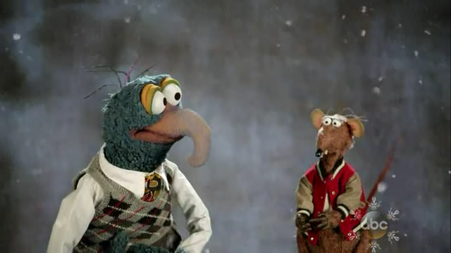 File:GagaMuppets-GonzoRizzo.png