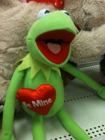 File:Just play 2012 valentines kermit doll 2.jpg