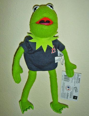 File:Sababa Kermit Red Sox.jpg