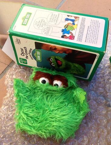 File:Questor child guidance puppets oscar.jpg