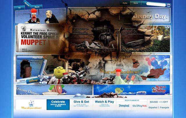 File:Disneyparksgive.com-20.jpg
