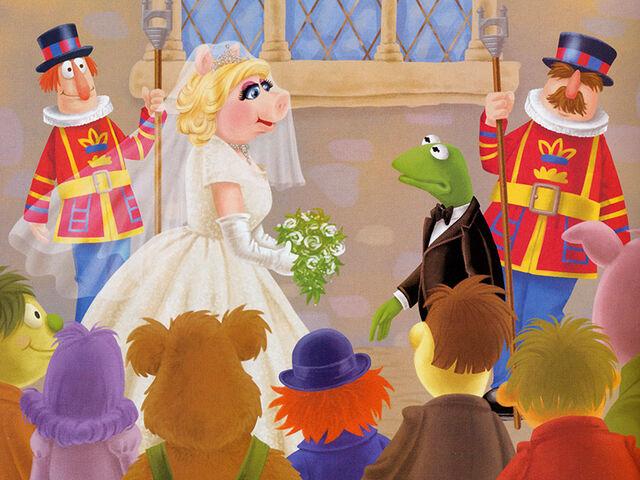 File:Piggy wedding Kermit's Double Trouble.jpg