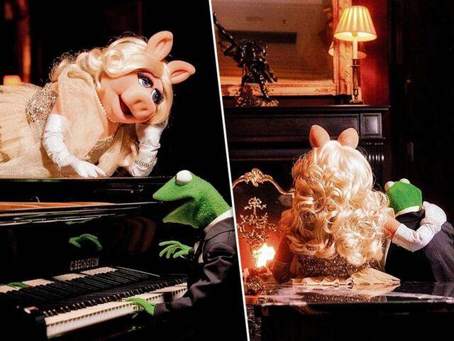 File:Germany-Berlin-Hotel-Ritz-Carlton-Kermit&Piggy-(2012-01)-01.jpg