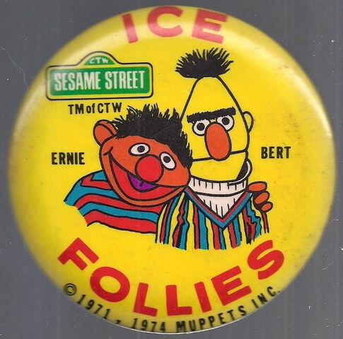File:Ice follies 1974 bert ernie button.jpg