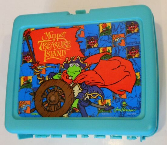 File:Thermos muppet treasure island lunchbox 1996 2.jpg