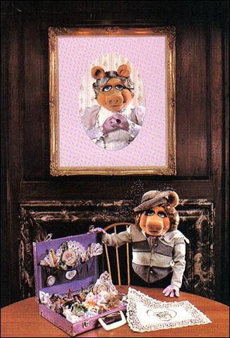 File:Piggymom.jpg