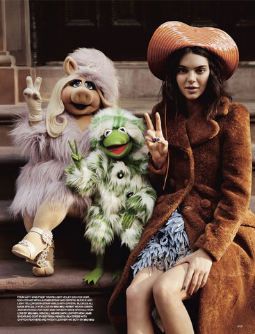 File:Love magazine Piggy, Kermit and Kendall.jpg