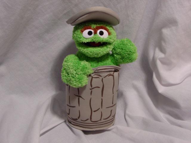 File:Oscar the Grouch Sesame Place 2004 Beanbag.jpg