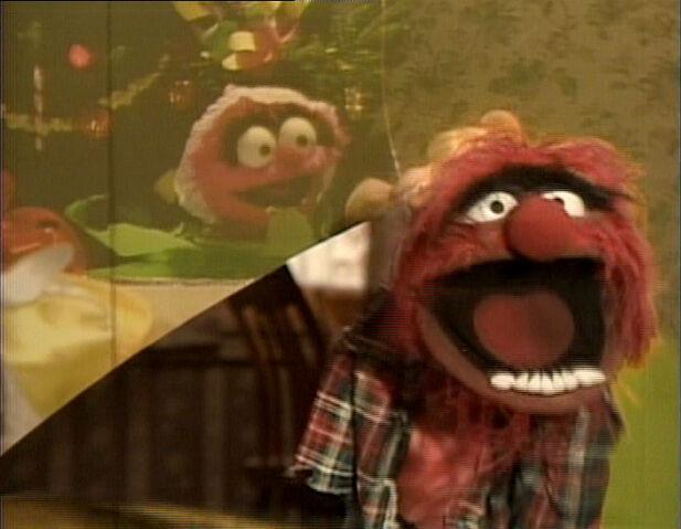 File:MuppetFamilyChristmas-Animal&BabyAnimal.jpg