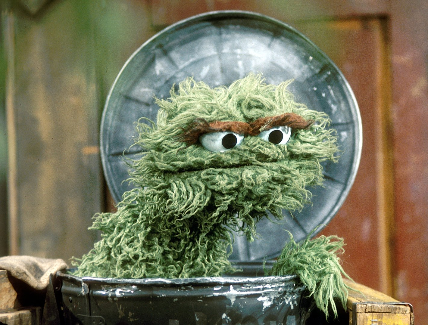 Watch further Artworkgrouch further Sonia Manzano Retiring 44 Years Maria Sesame Street further Hops Train together with Watch. on oscar the grouch