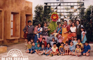 PlazaSesamo90Cast