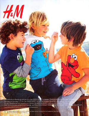 H&M-CatalogBack-(Fall2010)