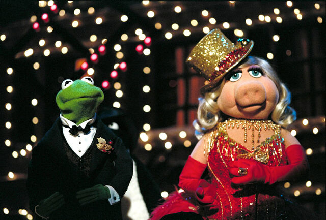 File:VMX-Kermit&Piggy.jpg