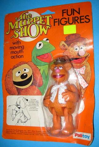 File:Palitoy 1979 muppet show fun figures fozzie bear uk.jpg