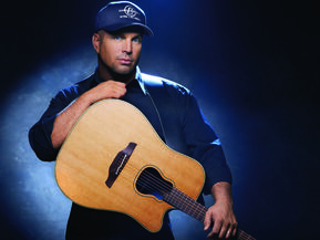 1388765329000-Garth-Brooks
