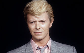 File:David bowie 330x210.jpg