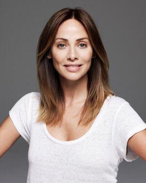Natalie Imbruglia headshot