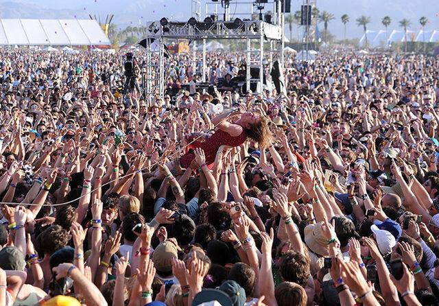 File:Coachella-2011-001.jpeg