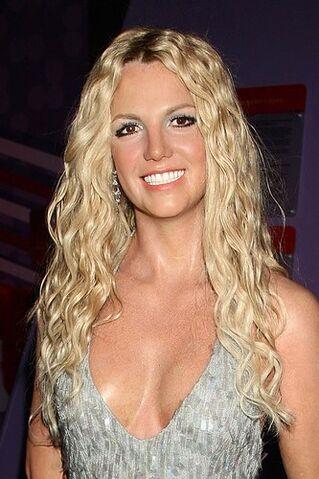Plik:Britney-spears-hair17-907705 H131742 L.jpg