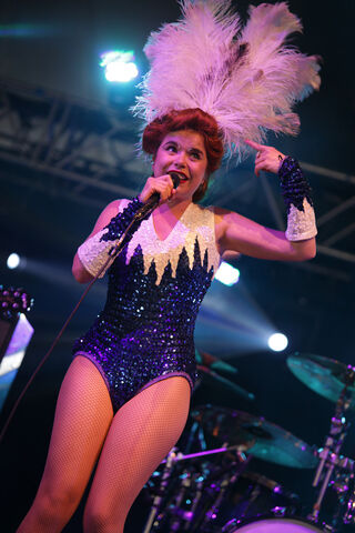 Plik:Paloma faith01 website image wlml wuxga.jpg