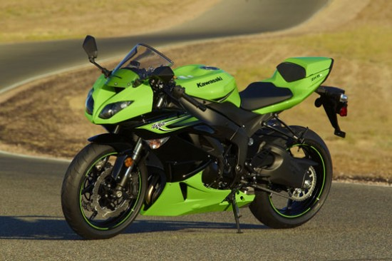 File:2011-Kawasaki-Ninja-ZX-6R-Green-picture-550x366.jpg