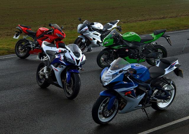 File:600-supersport-bike-shoot-full-size.jpg