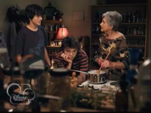 File:Grandma brewing a potion.PNG