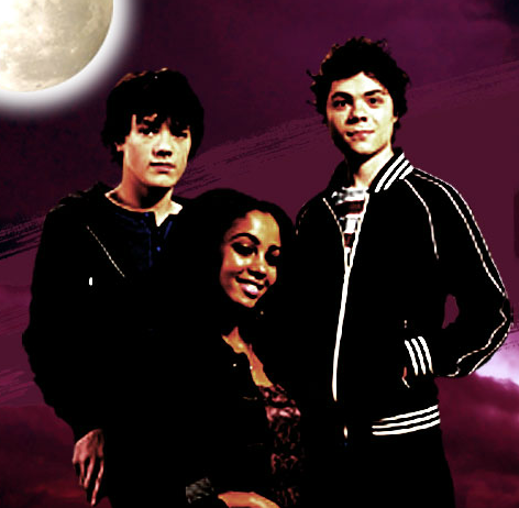 File:Season 2 Cast 3.png