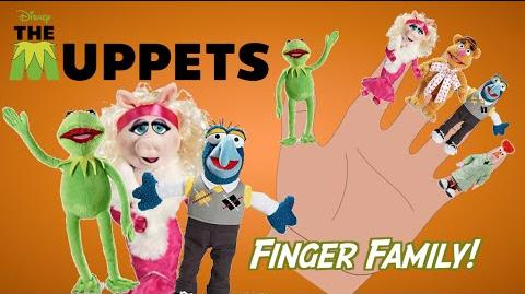 THE MUPPETS - Finger Family Song Nursery Rhyme Toy PARODY Finger Family Fun
