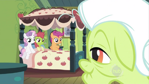 Apple Bloom prentending to be sick S2E12