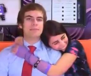 File:Scentern 2 hug.PNG