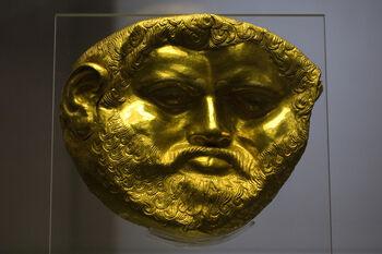 Goldmaske