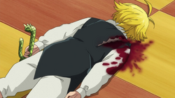 Meliodas collapsing from his wound2