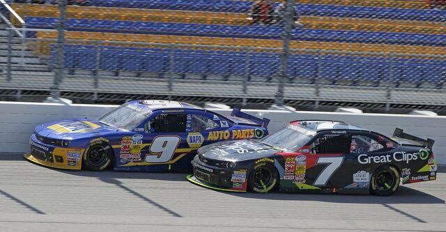 File:Teammates racing .jpeg