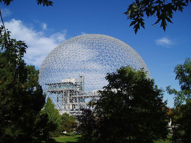 File:Lovineft - 800px-Mtl. Biosphere in Sept. 2004.jpg