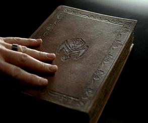 S05E02 Vampire bible