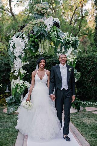 File:Russell-westbrook-marries-nina-earl.jpg