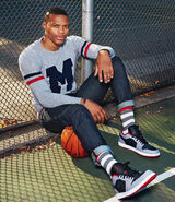 La star de la nba russell westbrook pose pour gq 2658 north 626x-1