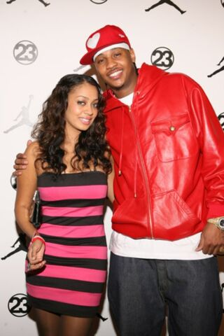 File:Carmelo-anthony-wife-lala-vazquez.jpg