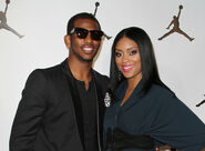 Chris-paul-jada-crawley-139805779-400x295