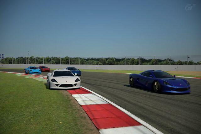 File:Silverstone National Circuit 15.jpg