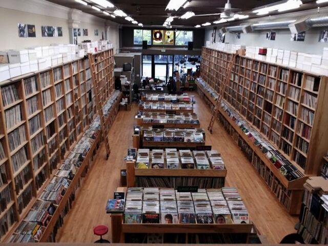 File:Recordstore.jpg