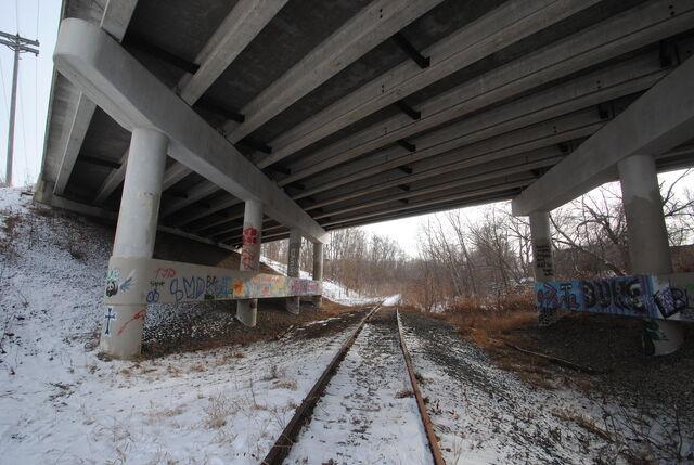 File:Trainbridge.jpg