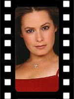 File:Avatar-Celeb2-Holly.png