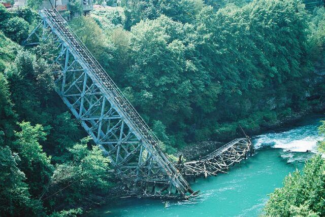 File:Neretva most Jablanica.jpg