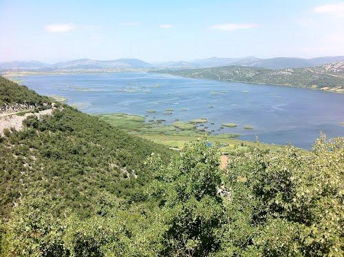 File:Svitavski ili donje jezero (hutovo).jpg